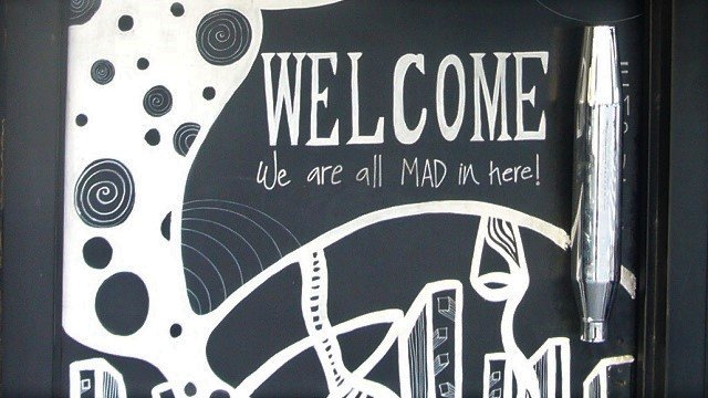 Mad-Bar-0-Entrance