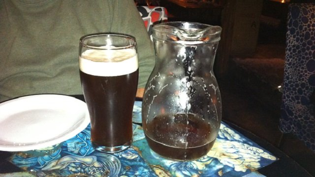 3-Peron-Peron-Pitcher-of-Beer