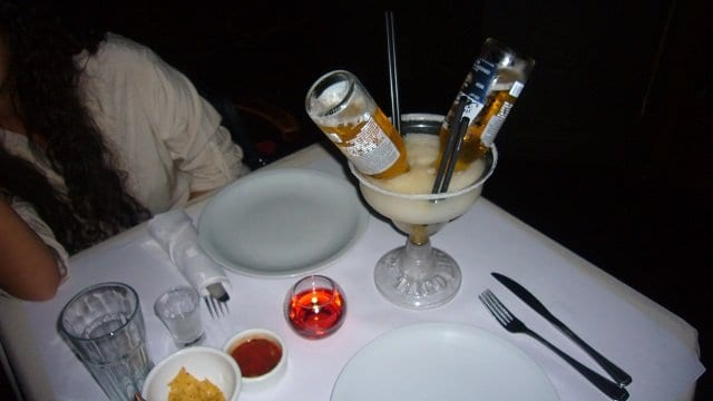 4-Taco-Box-Palermo-Hollywood-Cocktail-w-Beer