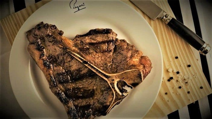T-Bone steak at Piegari Carnes