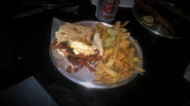 Bulls-BBQ-5-Pulled-Pork-Sandwich