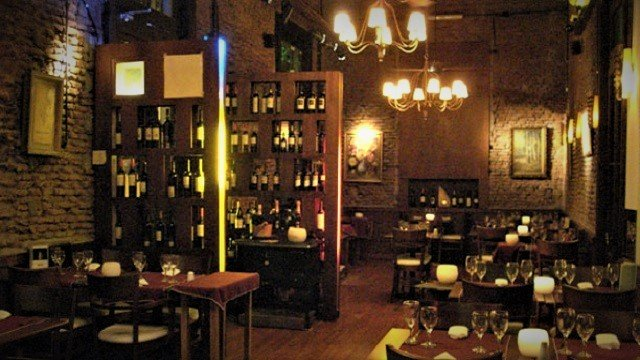 Odisea-Dining-Room-1