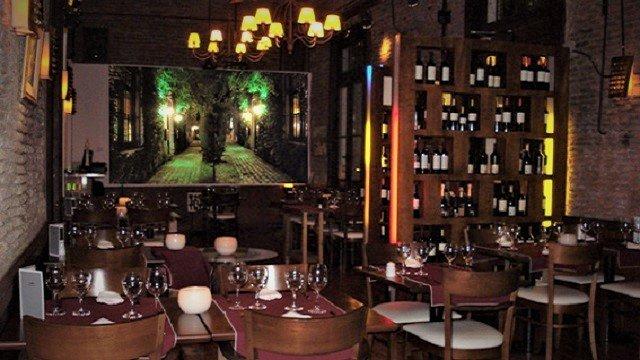 Odisea-Dining-Room-2