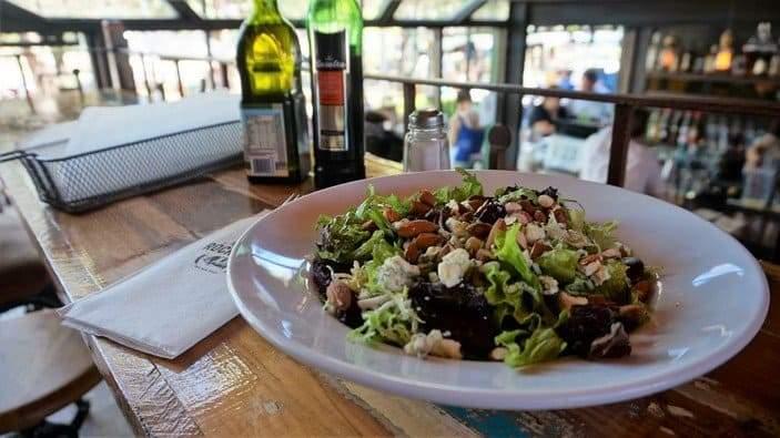 Veggie-Rocker-Salad-at-Rock-Ribs