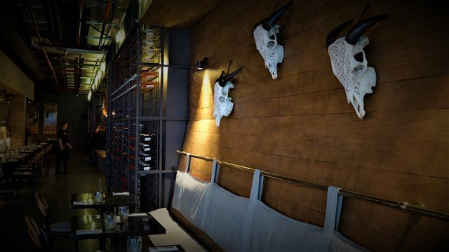 Gracia-Tapas-Bar-Decor-4