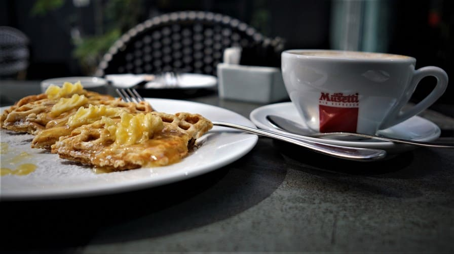 A morning cup of Kaldi's Secret at Lusitano - Barrio Italia