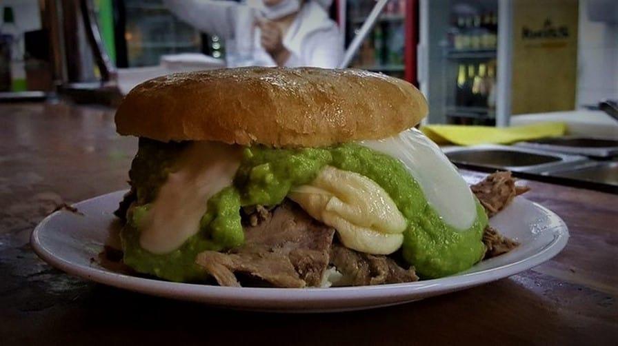 7MARDOQSCL Barros Luco Sandwich at the Fuente