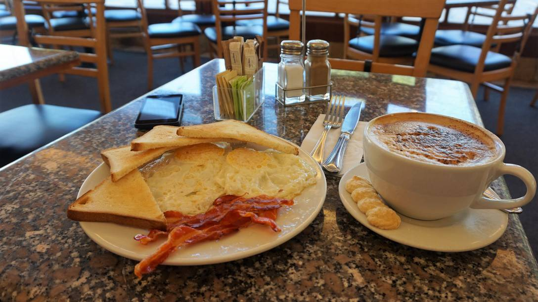 Breakfast with Capuccino at San Antonio Pasteleria