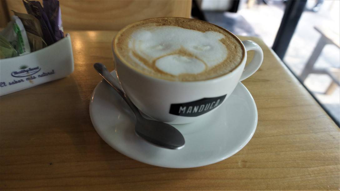 Manduca - A Bear in my Coffee