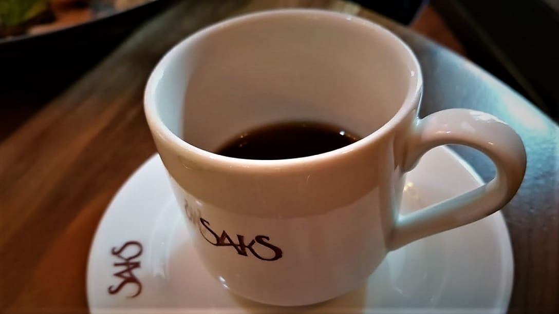 21 SAKSMX coffe cup by Elisa Jang