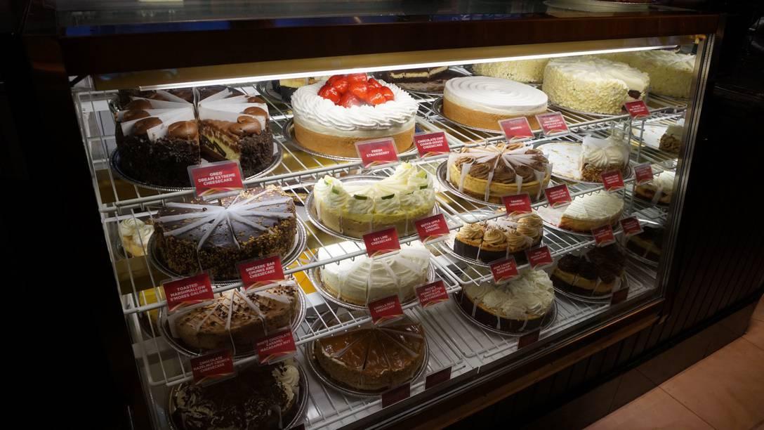 Cheesecake Factory Mexico City (6)