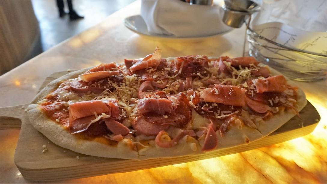 RUSTK Cold Cut Pizza